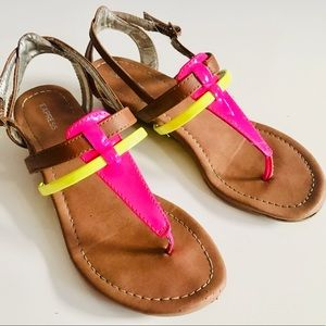 Like 🆕 Express Sandals